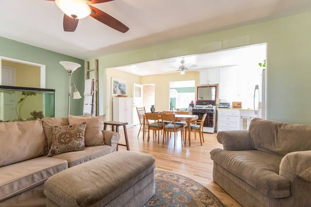 Comfortable, Cozy, home Near CSUN And Topanga Canyon Freeway (Malibu)