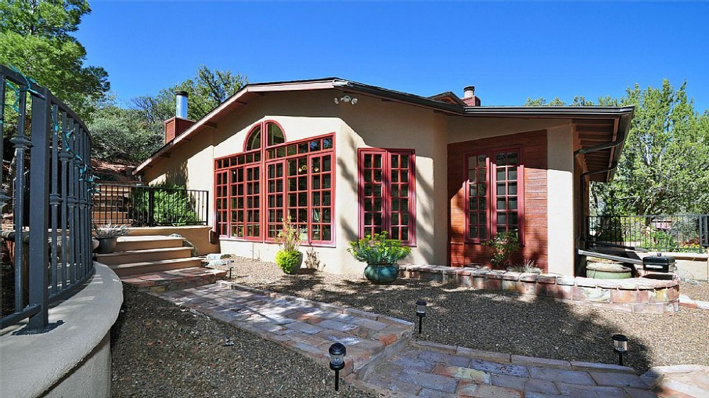 Sedona vacation rental with Picture windows with view of Snoopy Mt.