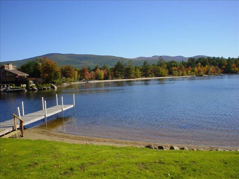 ~Lake Winnipesaukee NH~ Water Front MT View Private Dock & Beach Sleeps 12