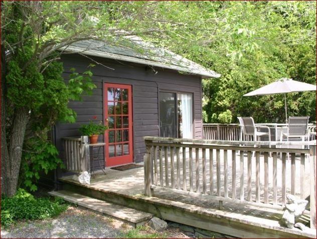 Dancing Angel- A luxury cottage near Woodstock NY