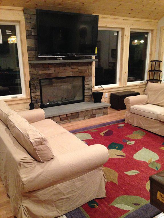 5 Bed Short Term Rental House Lenox