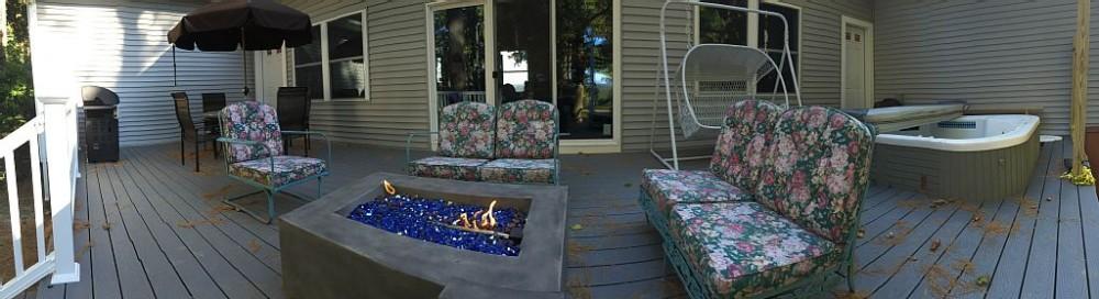 Luxury Fox Hollow Estate Ranch, Dream Location On Laurel Lake