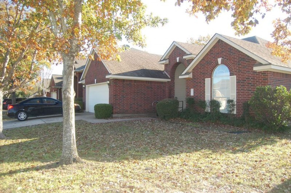 Pflugerville vacation rental with Four (4) Sides brick upgraded home with ABP!