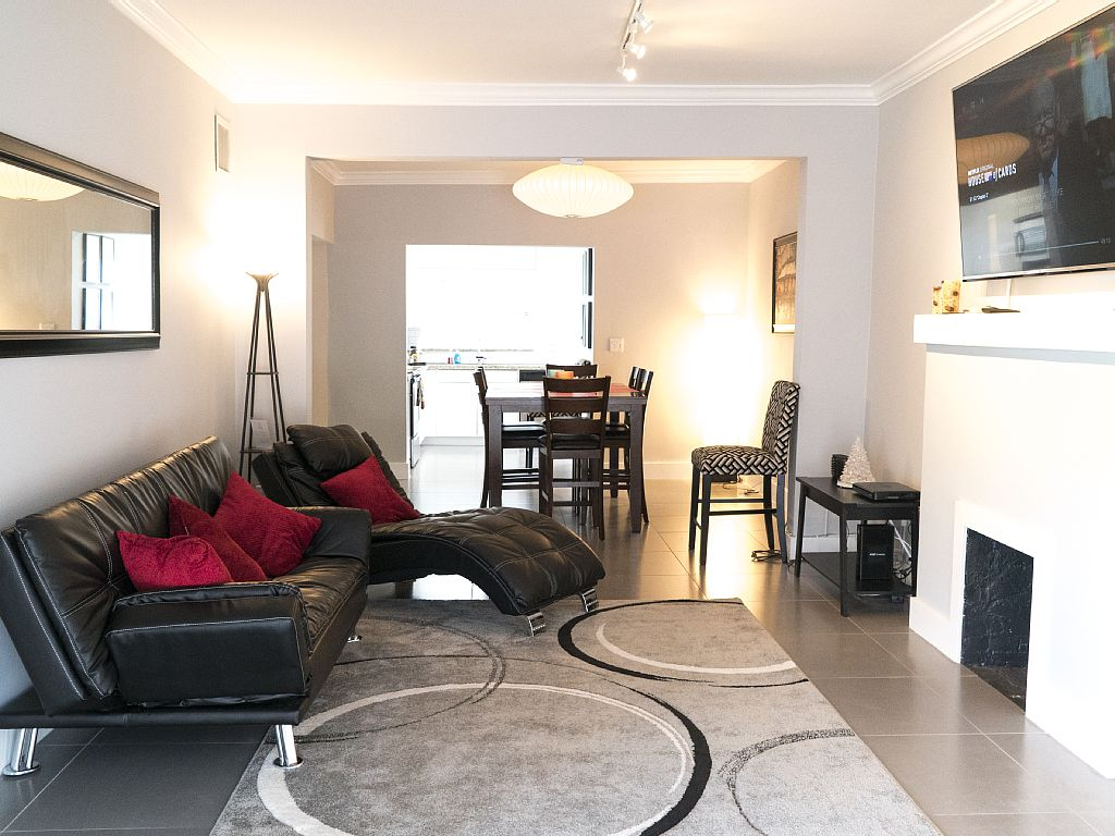 Modern and spacious 4 / 3, perfect for larger groups