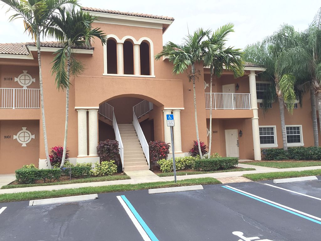 This B unit is a studio Apartment,Security guard, Gated Community, resort pool.