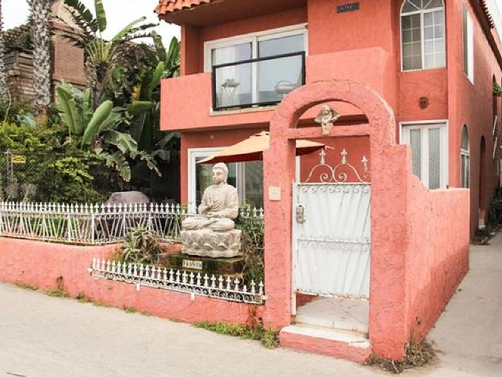 Ocean Front 2BR/3BA Venice Beach. Huge Patio Facing the Ocean