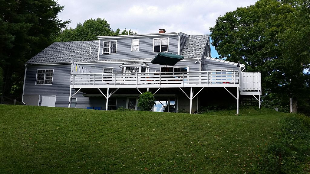 Year Round Rental Overlooking Damariscotta River