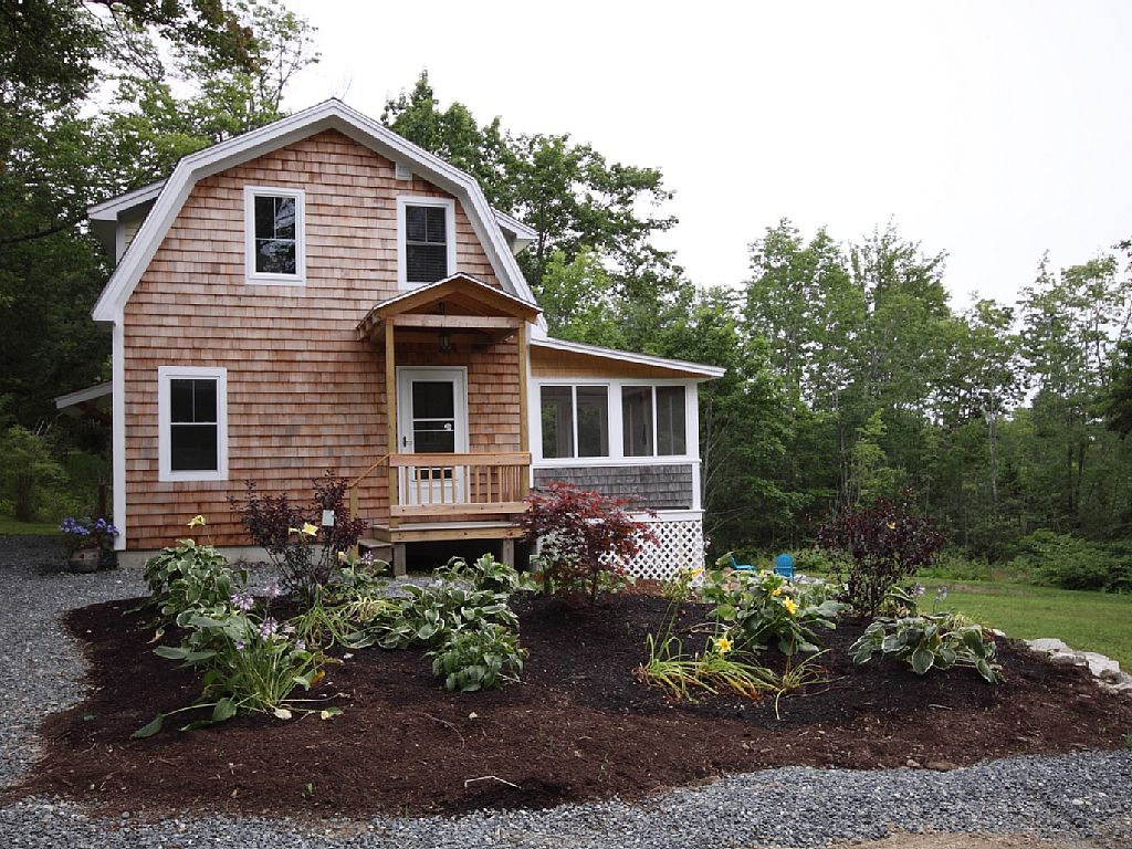4 Bed Short Term Rental Cottage Castine