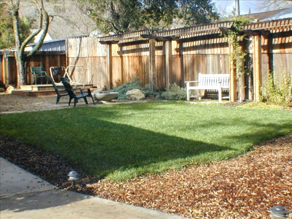Paso Robles vacation rental with backyard