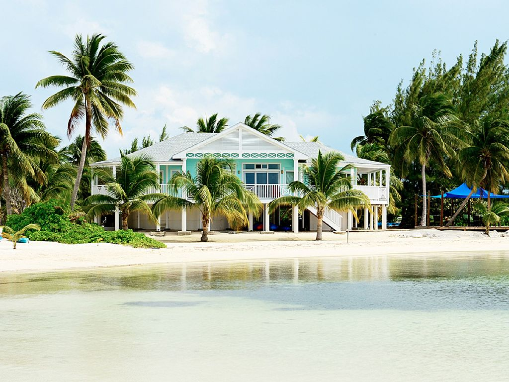 Start Your Private Getaway At The Best Location In Rum Point