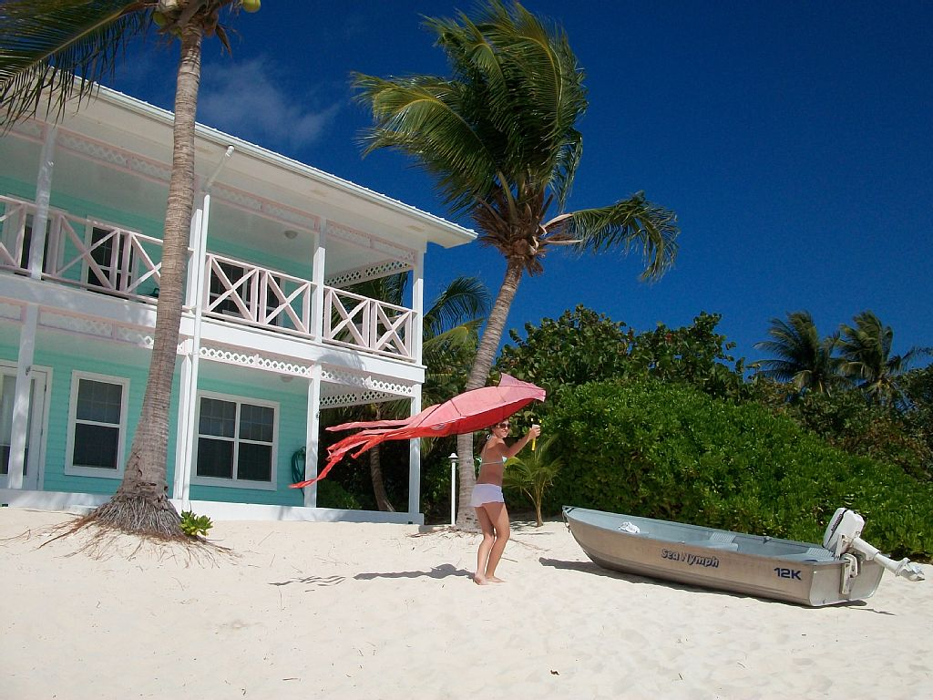 Escape to Little Cayman - Beautiful 2 Bedroom at Neptunes Berth!