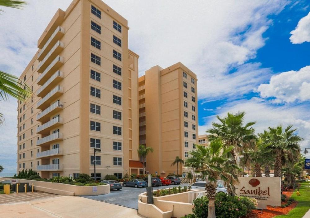 Daytona Beach Shores vacation rental with