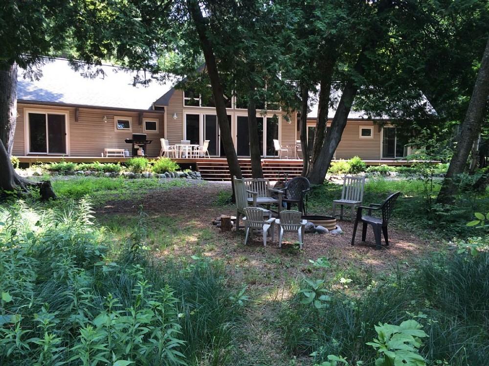 Airbnb Alternative Maple City Michigan Rentals