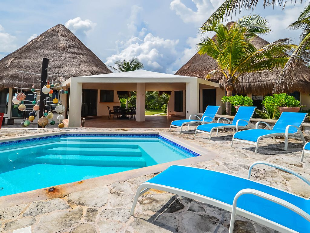 A 270-Degree View of the Caribbean in Akumal that will not Disappoint