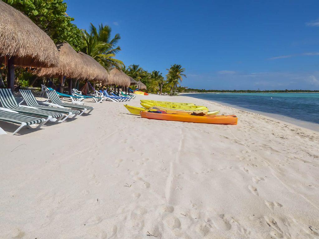 Private, Hidden Treasure Steps from Soliman Bay, Akumal in the Riviera Maya
