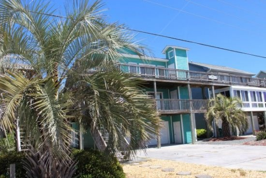 On your vacation, enjoy the beautiful beaches and all the things to do on Topsail Island