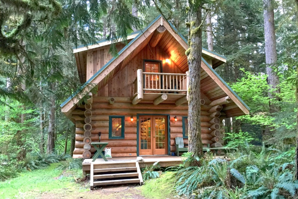 Glacier vacation rental with Front of cabin