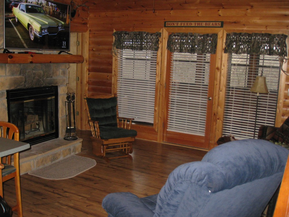 Airbnb Alternative Property in Reeds Spring