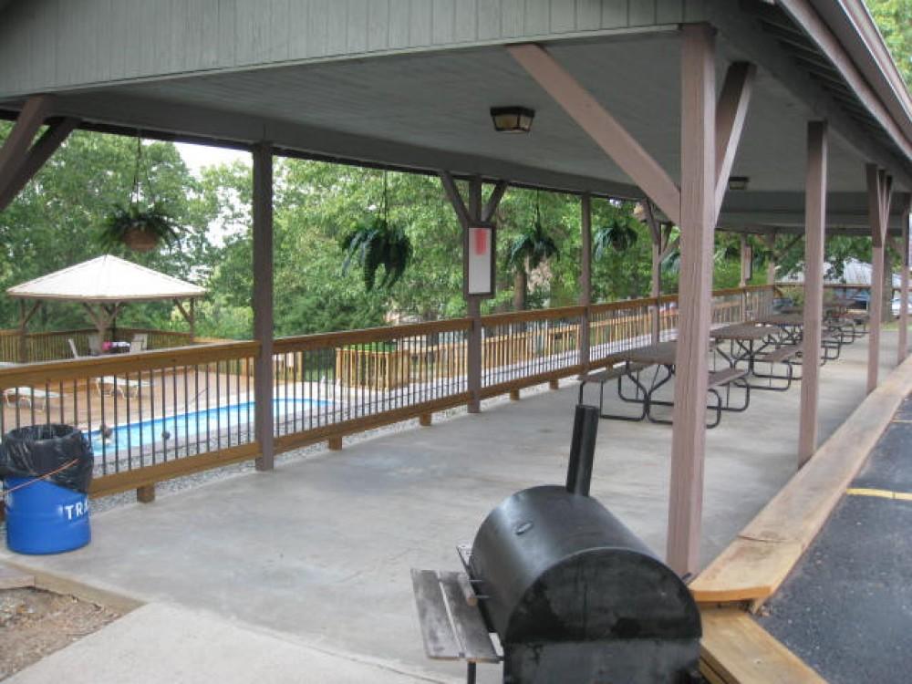 Reeds Spring vacation Cabin rental