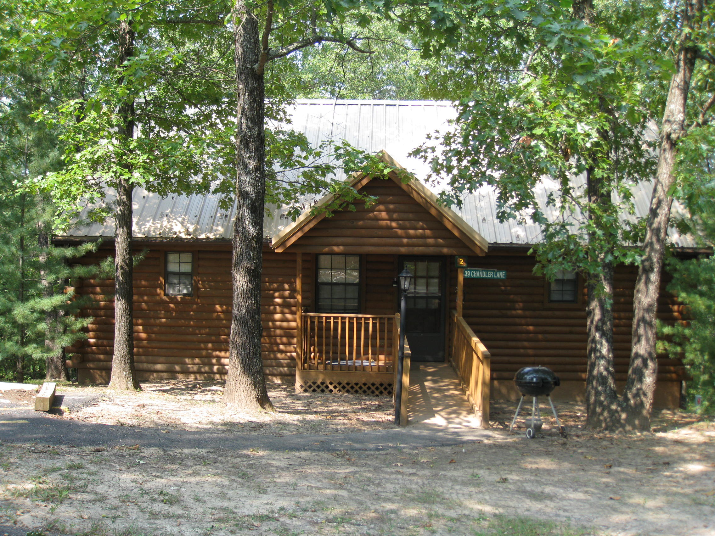 Branson West Missouri Vacation Rental The Split Oak Log