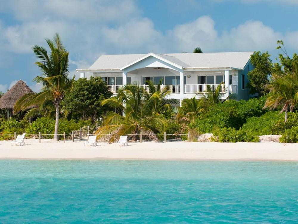 Sapodilla Bay Beach vacation rental with Crystal Sands Villa on Sapodilla Bay Beach!