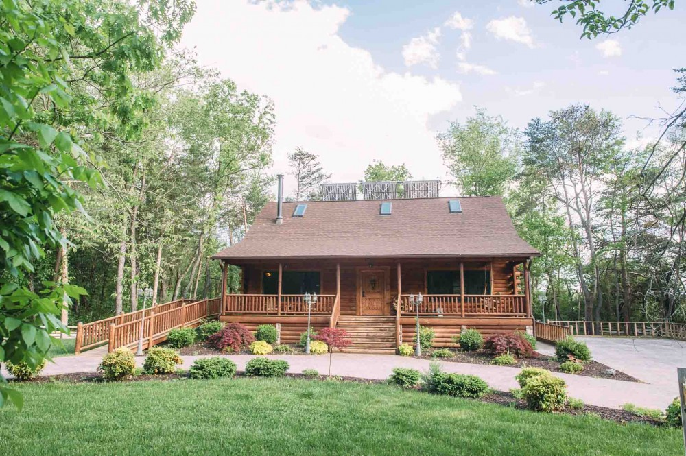 Shenandoah vacation rental with Spotted Fawn Cabin