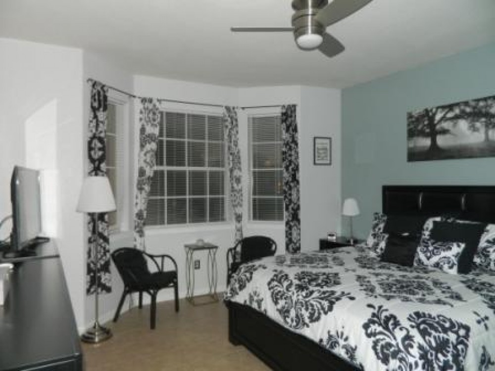 Davenport vacation rental with Master bedroom with ensuite