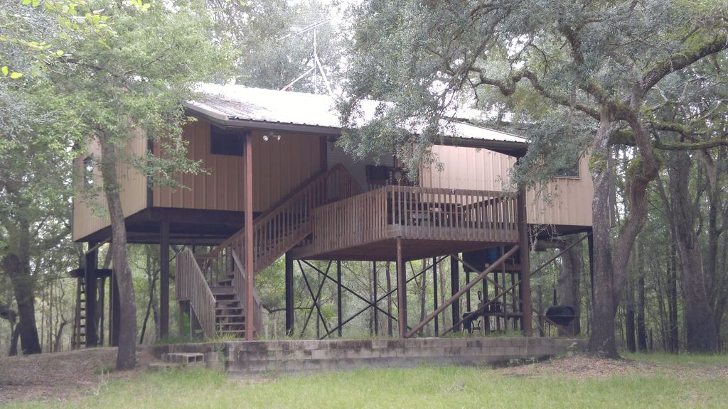 Suwannee River Cabin - 24 Private Wooded Acres- 500
