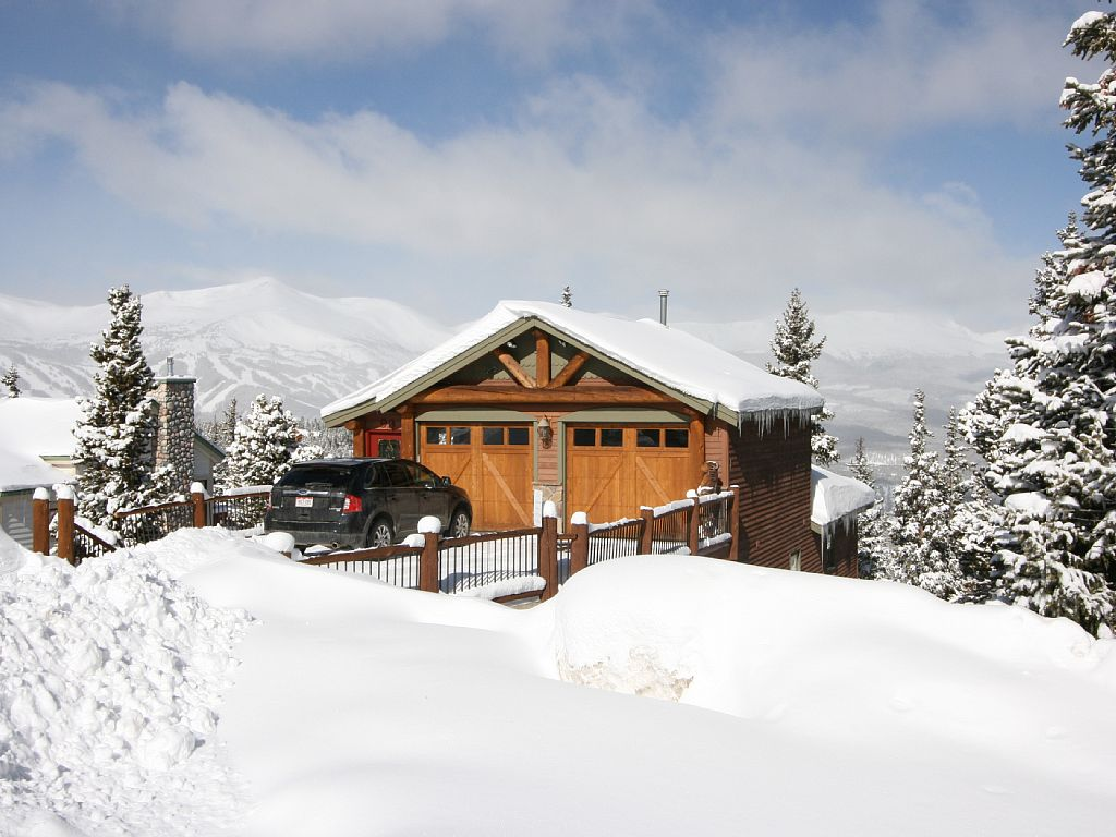 5 Bedroom House with Panoramic Views of the Ski Runs