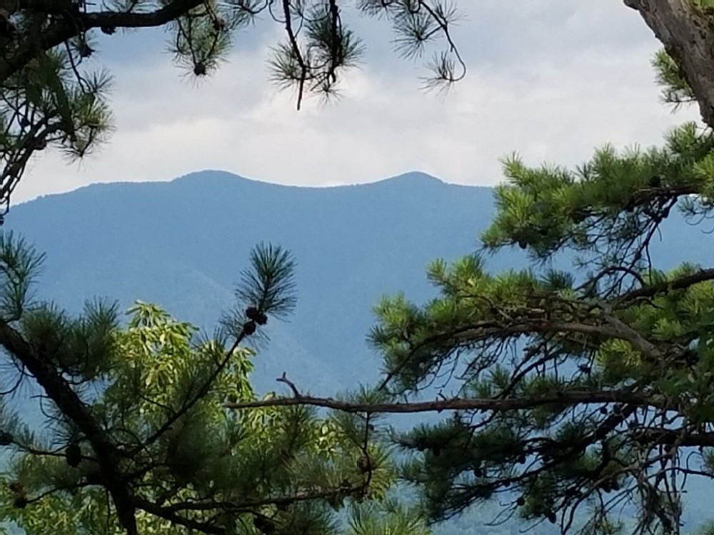 Gatlinburg vacation rental with Mt. LeConte so close, you can almost touch it
