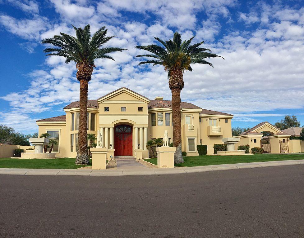 Luxury Estate Property in Glendale Arizona- Minutes to Cardinals Stadium