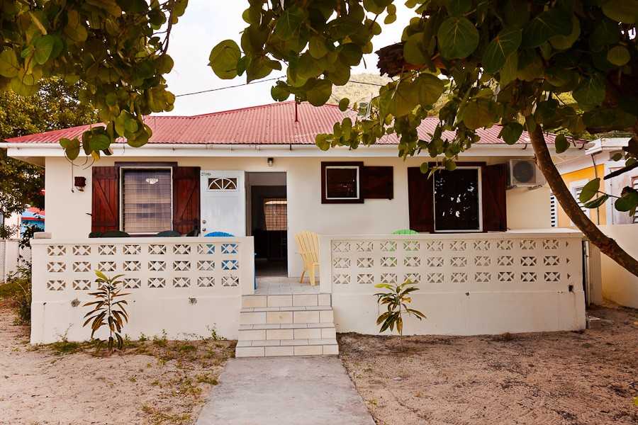 Grand case saint martin vacation rental sally s cottage for Cottage come case