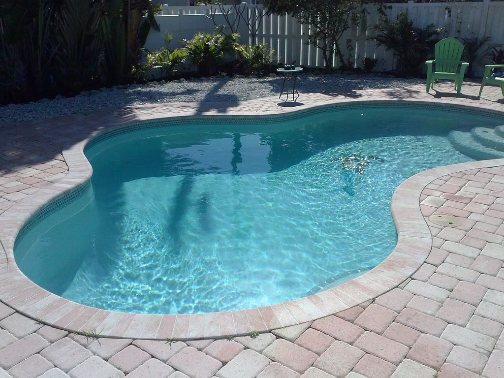 Steps To The Beach, Private, Heated Pool, Renovated July 9-12 AVAILABLE