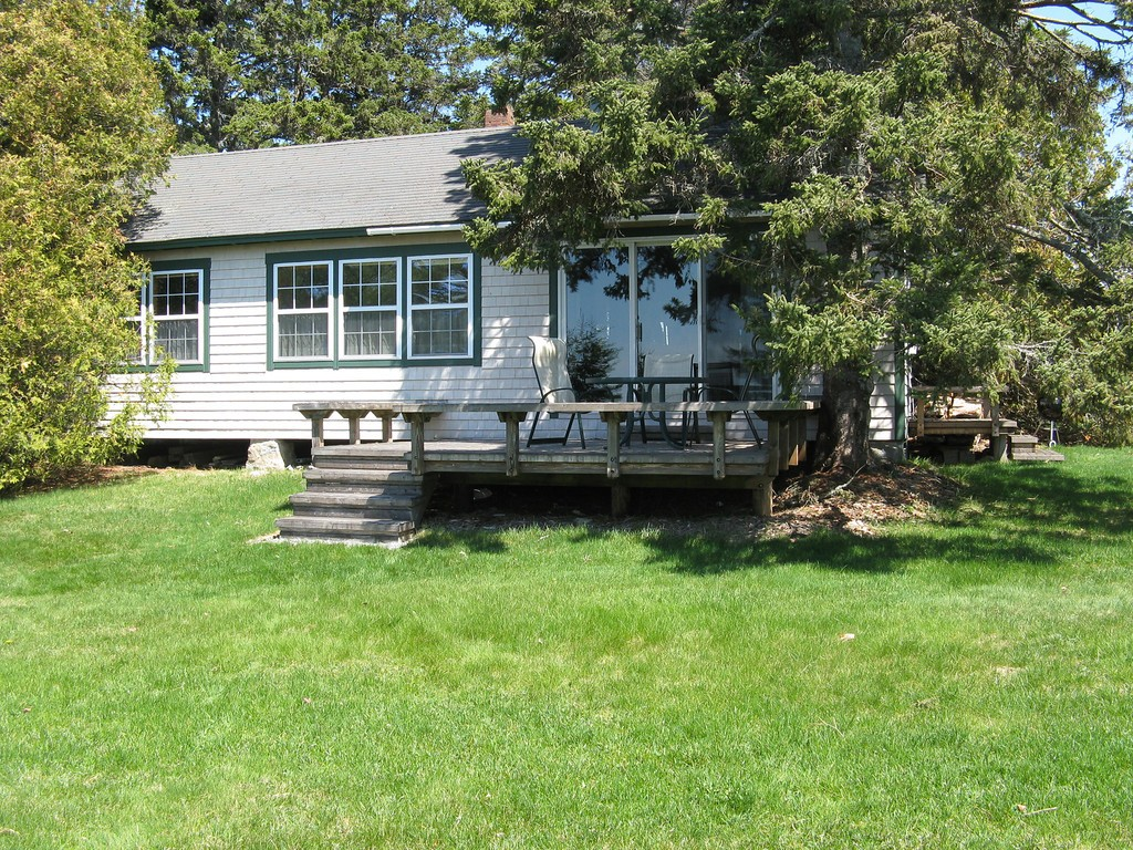 Tremont vacation rental with Pinelodge Cottage