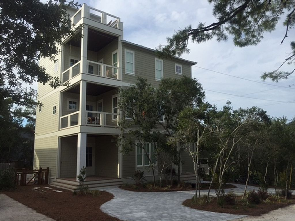 Luxury Home, New, Pool, Gulf View, Free Bikes/Beach service
