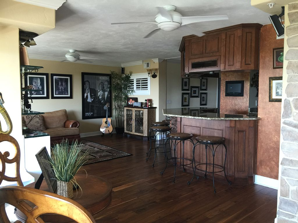 Ponce Inlet Ocean Front-beach Property 3 Bedroom - 3 Bathroom Condominium