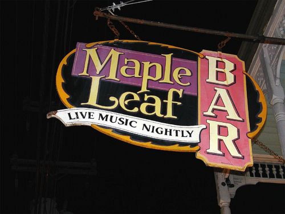 Oak Street Magic, Gorgeous Restored House, Jacques-Imo's/Maple Leaf/Po-Boy Fest