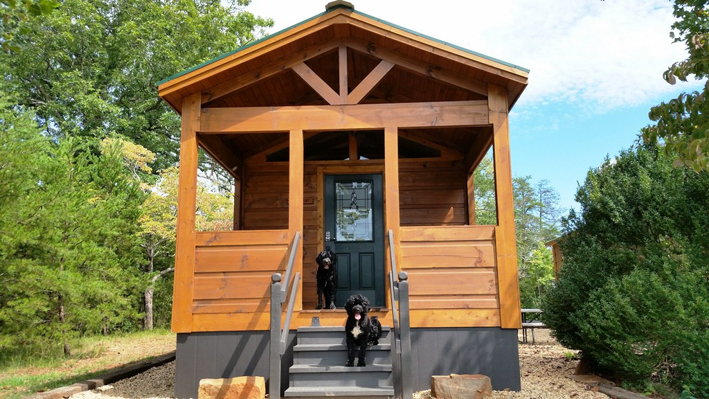 Paradise Cozy Cabins - Dog Friendly - 3 Miles to Tryon Int