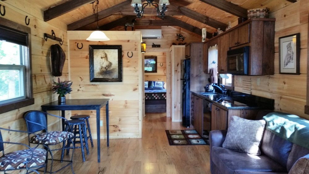 Paradise Cozy Cabins - Dog Friendly - 3 Miles to Tryon Int'l Equestrian Cntr