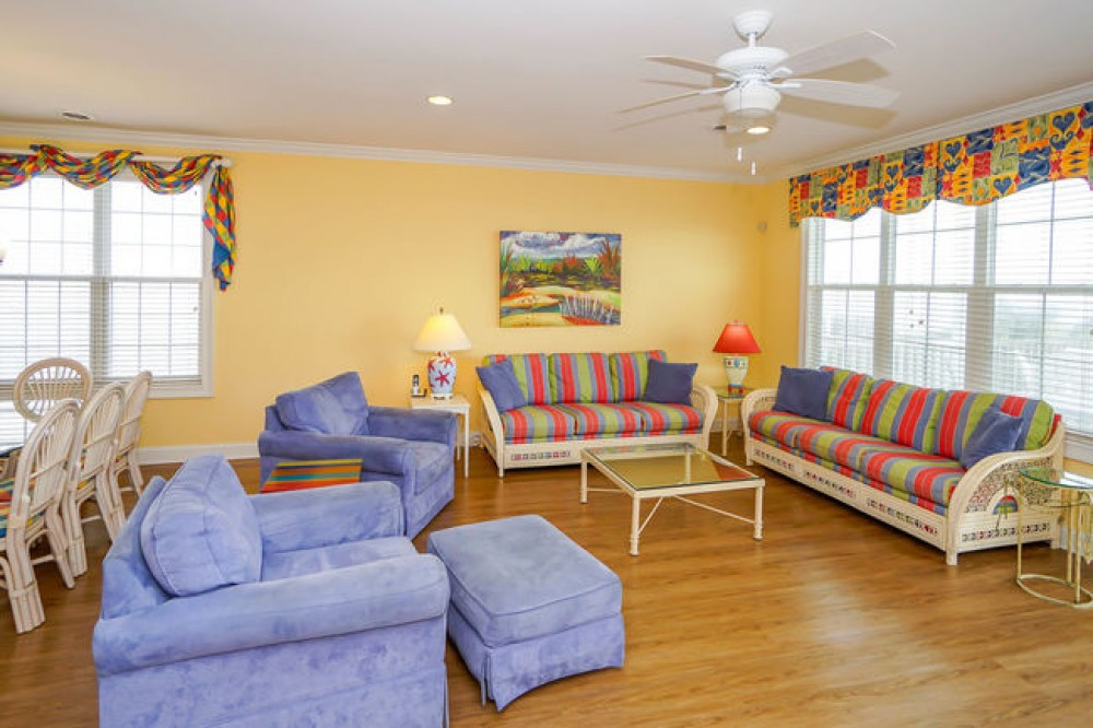 ALL-INCLUSIVE RATES! Recently Renovated Oceanfront