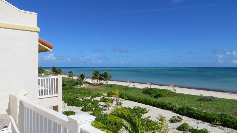 Beautiful Beachfront Penthouse Condo