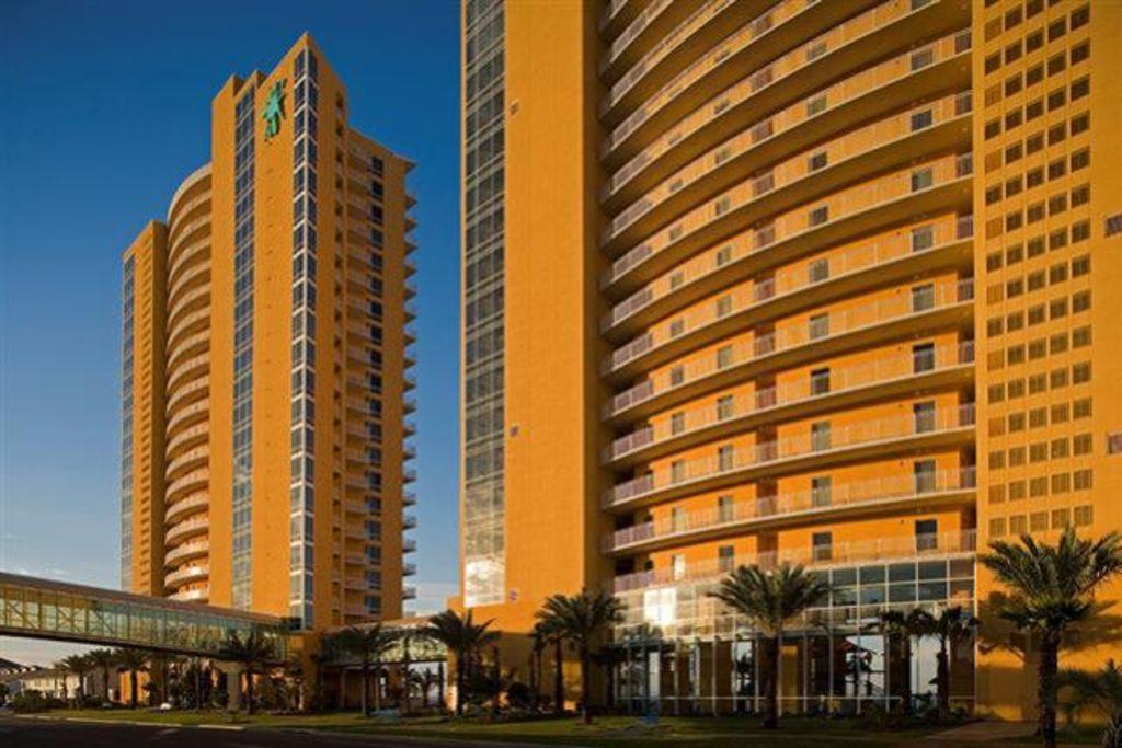 Splash 6th floor  West Luxury 5 Star Condo