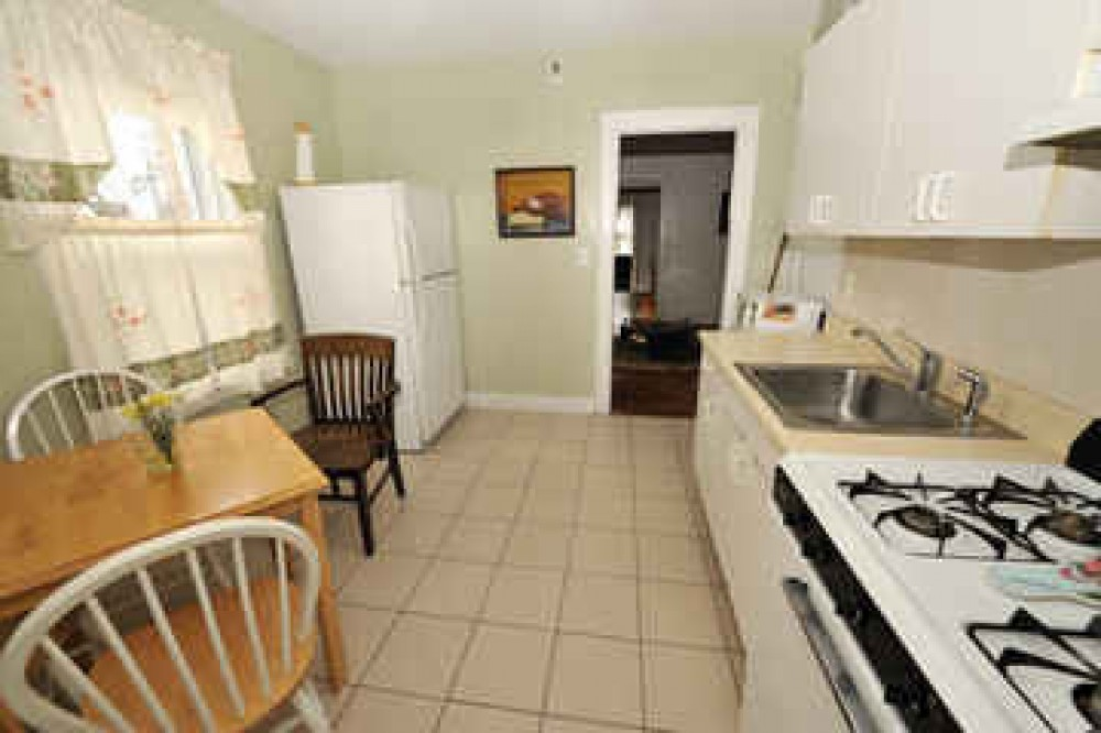 Fabulous Apartment Close to Amenities with Seprate Rooms