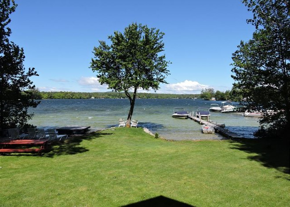 Winnipesaukee - Gorgeous Crystal Clear Water and Charming Home!