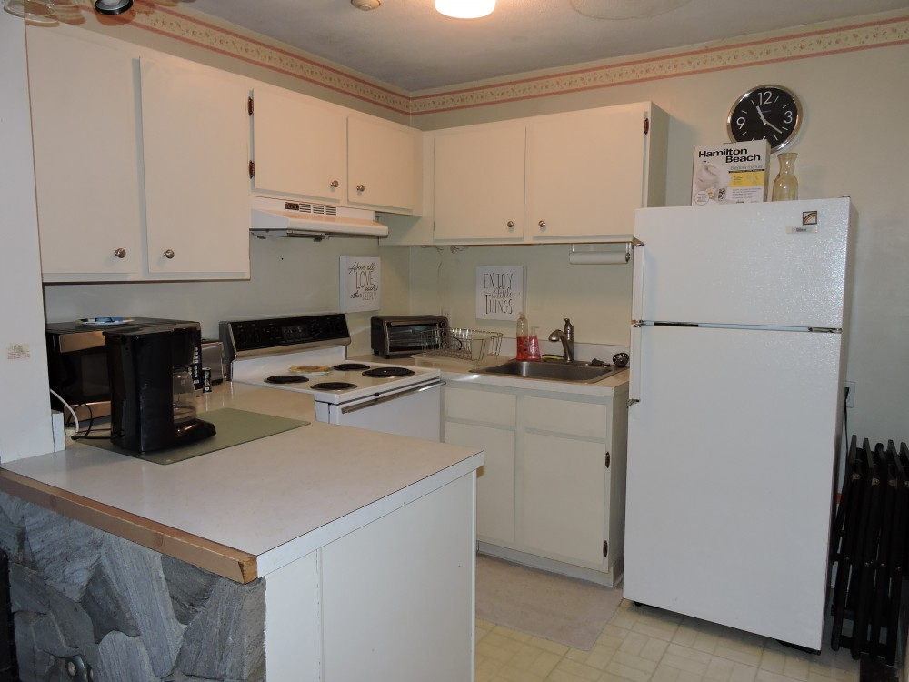 Village at Winnipesaukee Condo Close To All Weirs Beach Has To Offer!