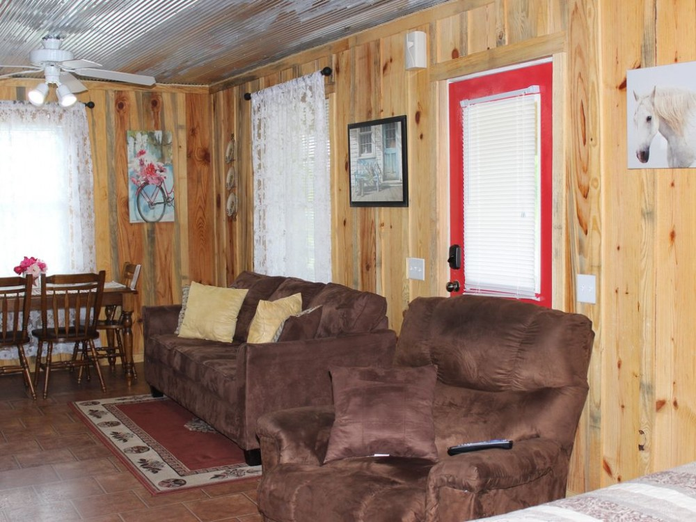 Murfreesboro vacation rental with Cozy den with sleeper sofa
