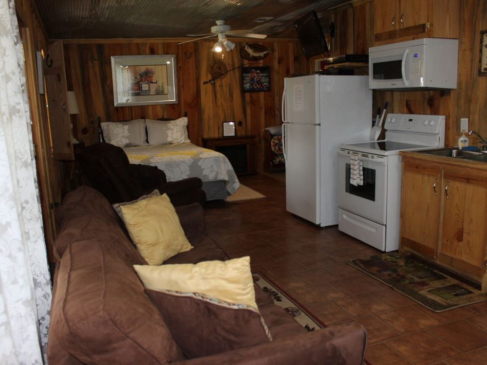 Beulah Land Cabin Rustic and Comfortable