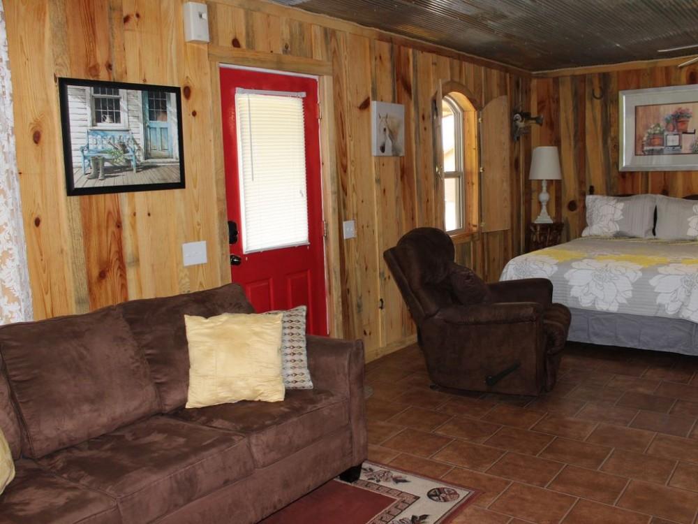 Queen sleeper sofa and queen bed Airbnb Alternative Murfreesboro Arkansas Rentals