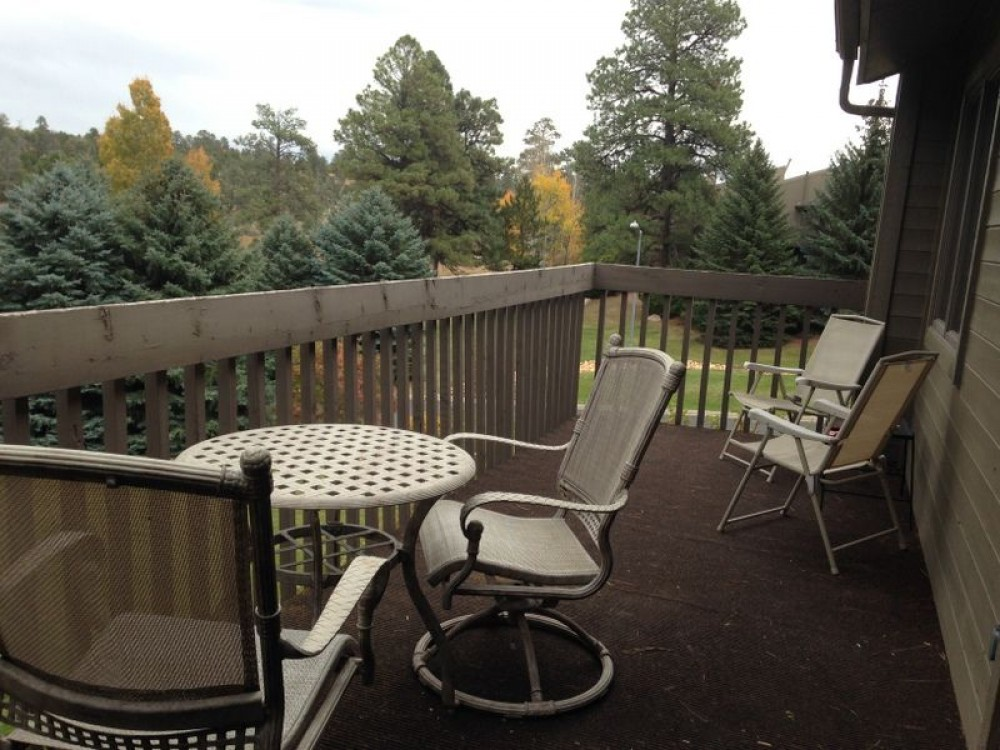Peaceful Pond Property, Grand Canyon /Flagstaff Freshly Remodled, Great Location