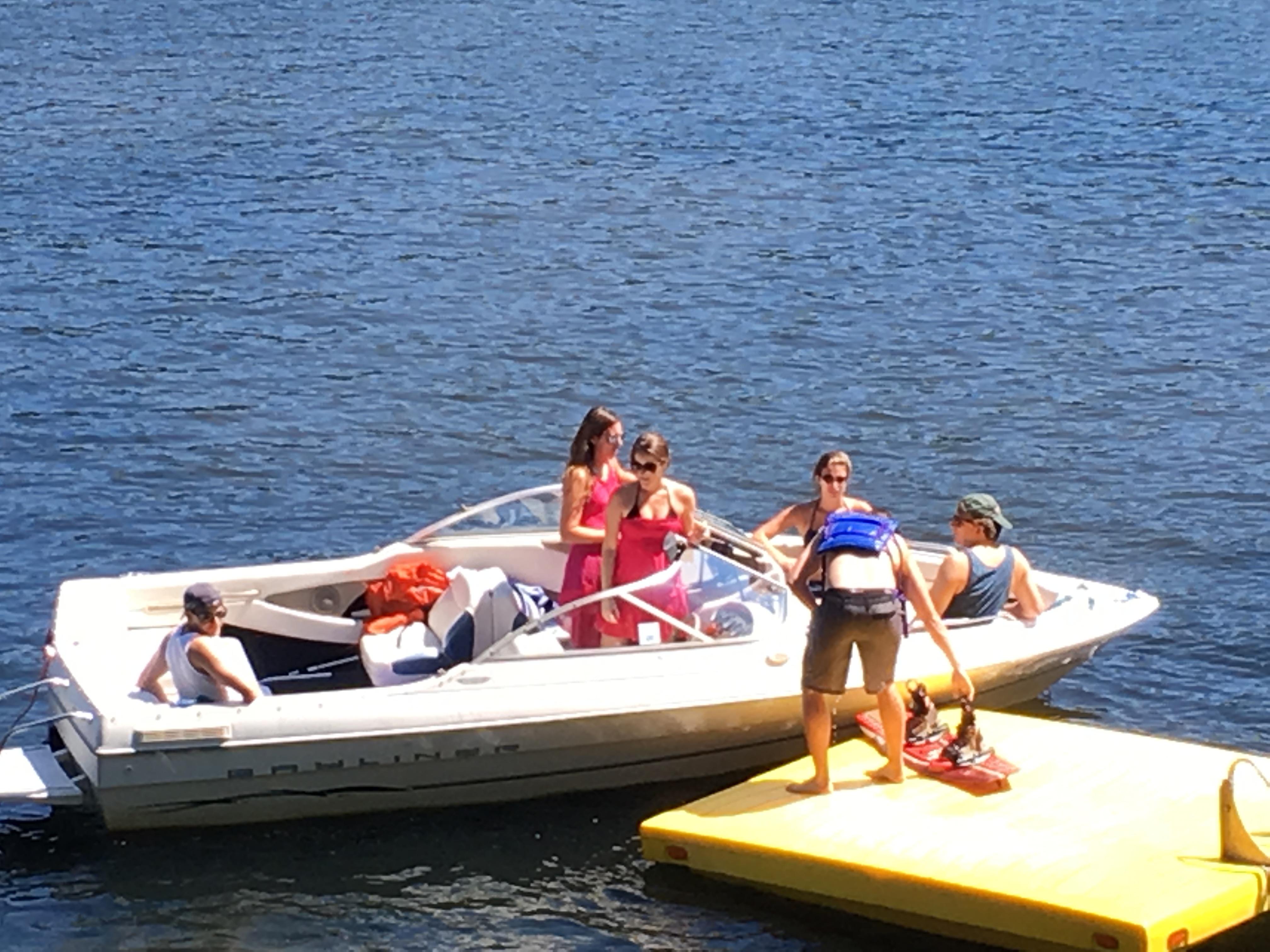 Four Season Cottage on Beautiful Lake Rescue Minutes to Okemo